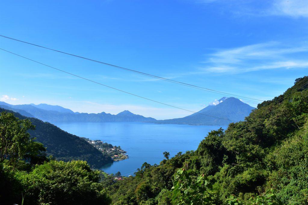 Blick auf Lago Atitlan
