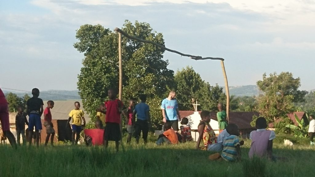 Volunteering in Uganda Fussball