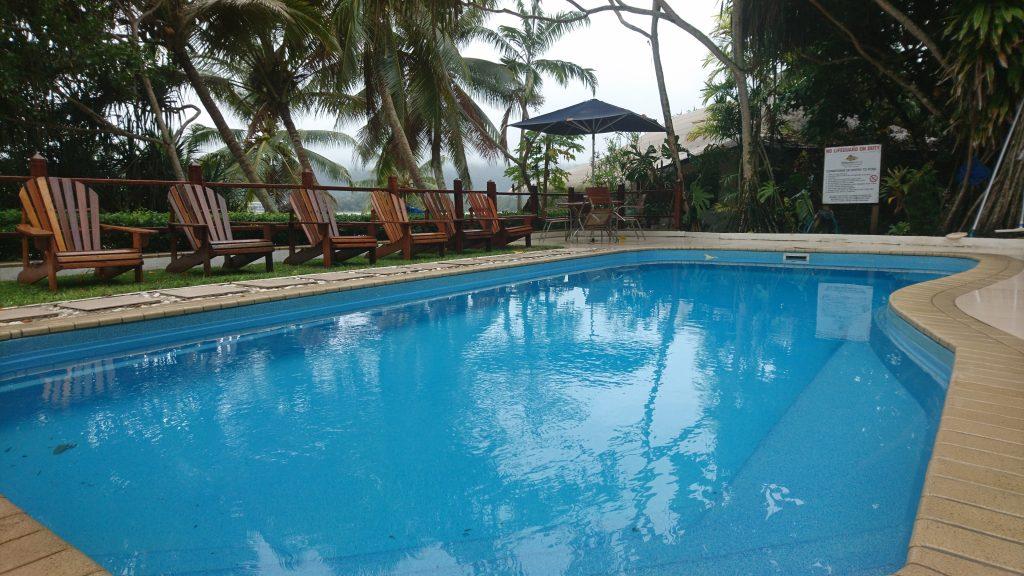 Pool Hideaway Island