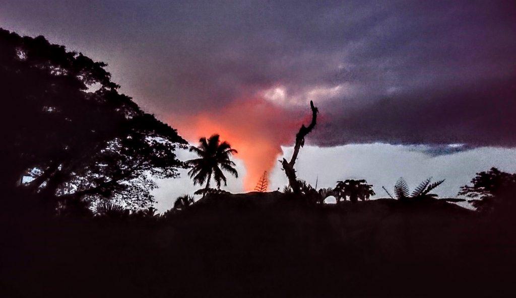 roter Rauch Vulkan Tanna