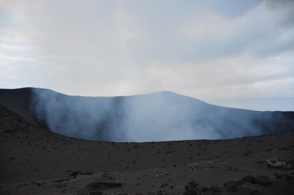 erster Blick Vulkan Yasur auf Tanna