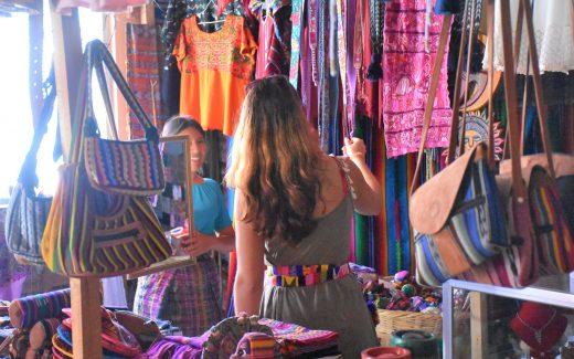 Souvenir Shopping Flores
