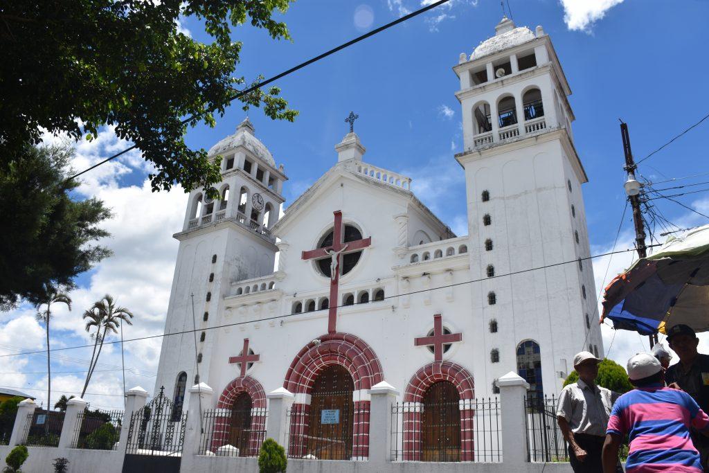 Kirche Juayua