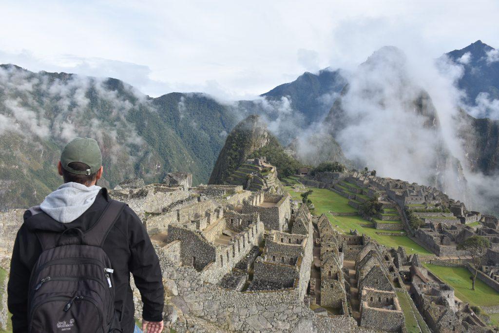 Markus blickt auf Machu Picchu